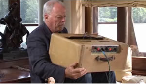 Having a little amp trouble, Mr Gilmour?