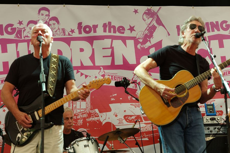 David Gilmour and Roger Waters Hoping Fundraiser Oxford England