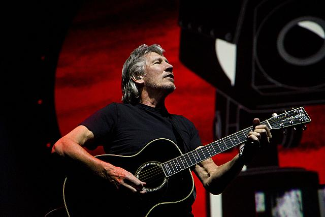 Roger Waters   Bassist & Songwriter   Bio & News