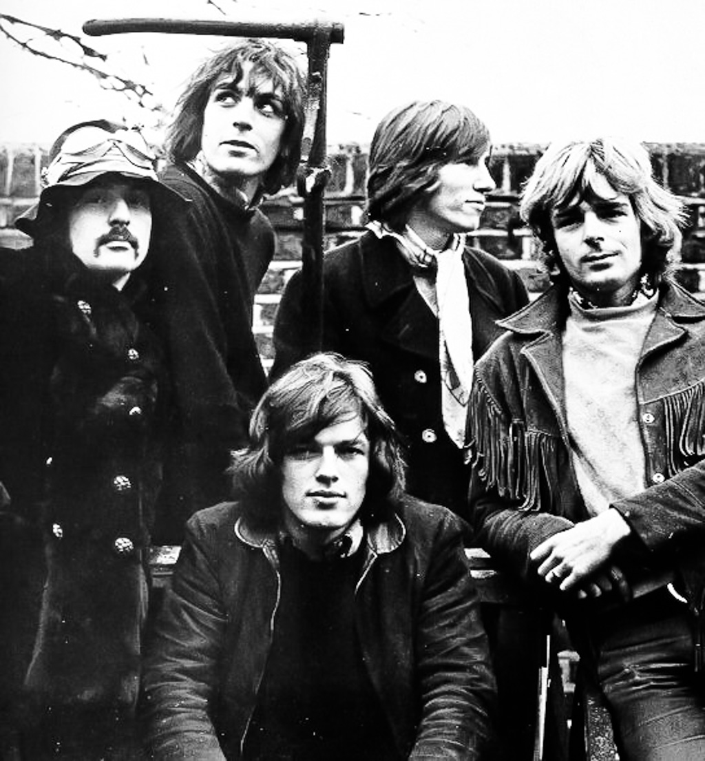 5 Man Pink Floyd from the early days