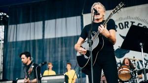 Roger Waters Newport Folk Festival 2015 (14)