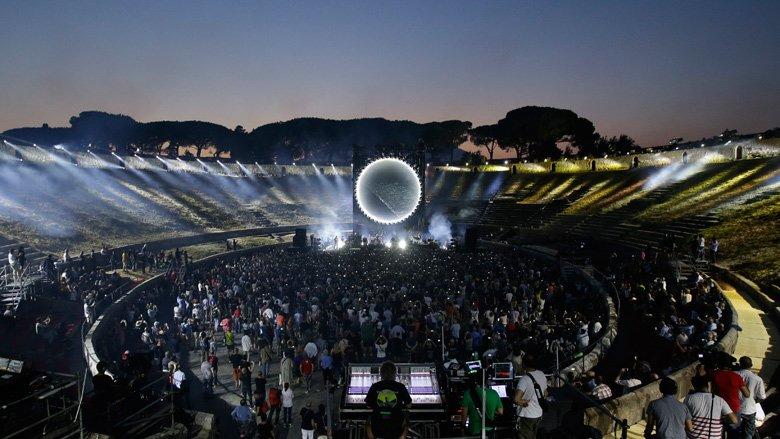 David Gilmour Pompeii 2016 FOH
