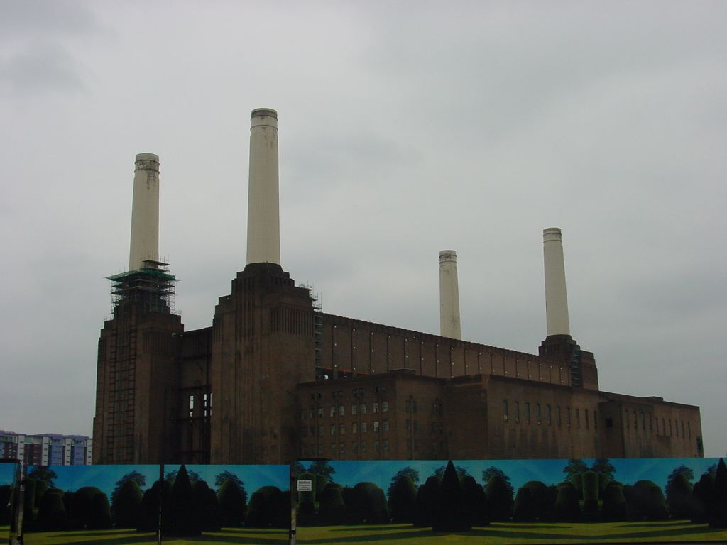 2005-07-02 Pink Floyd Live 8 - Battersea Power Station on the day