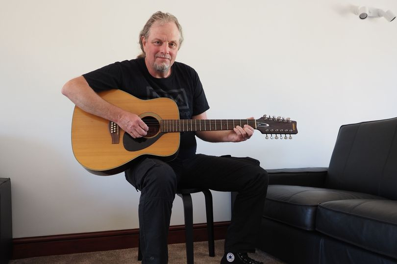 Mark Barrett with Syd Barrett Guitar Cheffins
